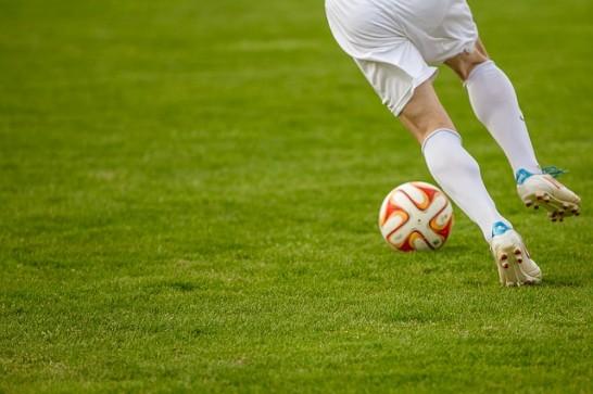 football-1275123_640