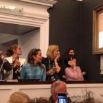 オークション落札のバンクシー作品をシュレッダーで刻むという現代アート